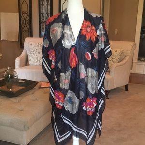 Woven Heart Floral Kimono